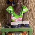 Nassouri Adjaratou, village de Yali, commune de Piela. Burkina Faso. Elle appartient à un groupement de femmes qui ont toutes fait l'acquisition d'un kit solaire.